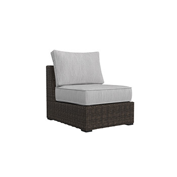 Ashley Furniture P782-846